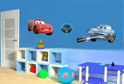 disney wandtattoos cars kinderzimmer deko aufkleber lizenzprodukt. Black Bedroom Furniture Sets. Home Design Ideas